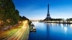 Enjoy beautiful HD photos of the city of love and romance. Incredible images of most popular places in Paris, France. France Wallpaper, Paris Wallpaper, City Wallpaper, Uhd Wallpaper, Best Vacation Destinations, Best Vacations, Amazing Destinations, Romantic Destinations, Travel Pictures