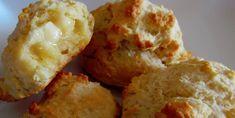 Connaissez-vous les petits pains chauds à Mimi? On croirait qu'ils sortent de la boulangerie! - Recettes - Ma Fourchette Four, Cauliflower, Muffins, Cheese, Vegetables, Desserts, Drinks, Sugar, Dinner Rolls