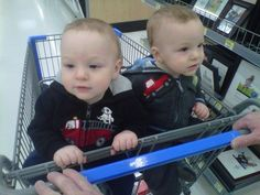 Tips for grocery shopping with twins at various stages