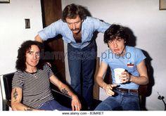 acdc-uk-rock-group-in-1979-with-bon-scott-at-left-b3mret.jpg (640×450)