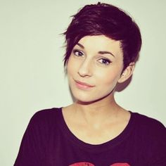 I wish I didn't have such a round face with fat cheeks because pixie cuts are adorable.