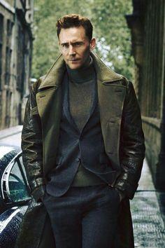 Tom Hiddleston/Fotografia/Super serio jaja/Me encanta!!