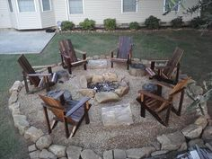A fire pit ideas can be the centerpiece to a backyard landscape. Check out some of these cool fire pit ideas for your next backyard project. Backyard Seating, Fire Pit Backyard, Backyard Patio, Backyard Landscaping, Backyard Projects, Landscaping Ideas, Gravel Patio, Pea Gravel, Sloped Backyard