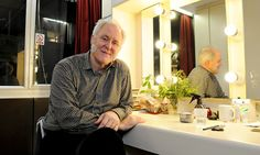 "John Lithgow's Discovery at Britain's National Theater - NYTimes.com. ""The actors piled in, lined up for hot lunches and then sat together in groupings loosely based on the shows they were working on. It was a daily ritual not unlike that of a high school cafeteria, the difference being that, instead of raucous teenage schoolkids, this crowd included some of the finest English-speaking stage actors in the world."""