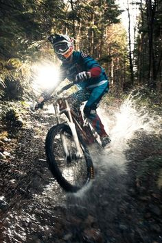Water splashing ride! #mtb #cycling