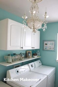 40 Outstanding Small Laundry Room Storage Design Ideas That Looks Awesome Room Makeover, Room Design, Room Shelves, Diy Storage, Mobile Home Living, Home Remodeling, Small Laundry Room Organization, Room Storage Diy, Laundry Room Paint
