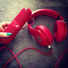 Beats HeadPhones & Beats Pill  http://kupon.pl/morele-net
