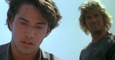 #PointBreak (1991) - #Bodhi #JohnnyUtah Keanu Reeves Young, Keanu Reeves Movies, Keanu Reeves John Wick, Keanu Charles Reeves, 90s Movies, Great Movies, I Movie, Movie Stars, Point Break 1991