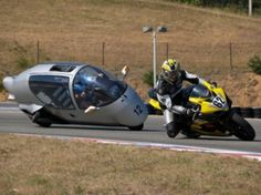 Monotracer, A two person enclosed motorcycle.