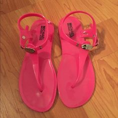 1 hour sale Michael kors pink sanders Size 4 pink rubbery sandals fits like a true size 5 mk runs big MICHAEL Michael Kors Shoes Sandals