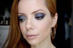 Julia Petit: olhão lilás azulado acinzentado