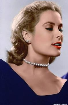 How To Wear Pearls Like Grace Kelly: A Short Portrait & Style Tips PearlsOnly - Graco - Ideas of Graco Hollywood Glamour, Hollywood Stars, Hollywood Actresses, Classic Hollywood, Old Hollywood, Grace Kelly Wedding, Grace Kelly Style, Princesa Grace Kelly, Actrices Hollywood