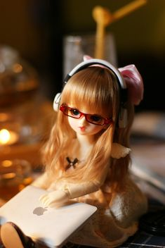 GetPics: cute doll dp for whatsapp {Latest } 2020 Girl Cartoon Characters, Cartoon Girl Images, Cute Cartoon Pictures, Cute Cartoon Girl, Cute Love Cartoons, Cute Images For Dp, Cute Baby Girl Pictures, Girly Pictures, Cute Girl Pic