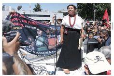 """Abarrotaron el Instituto Nacional Electoral (INE) seguidores de María de Jesús Patricio Martínez, """"Marichuy"""" y Jaime Rodríguez """"El Bronco"""""""