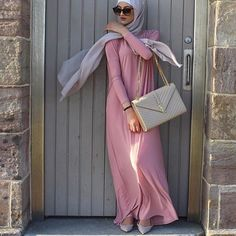 Hijab Fashion | Nuriyah O. Martinez |  #pinkyheejab #hijabblog #hijabfashion #myhijab #hijabmuslim #hijaboutfits #hijabchic #hijabmylife #hijabi #modesty #hijabdress #hijab #thehijabstyle #fashion #hijabmodesty #hijabstyle #fashionhijabis #hijablife #hijabspiration #hijabdaily #thehijabstyle