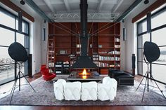 Characteristics of Century Industrial Living Room — Home Modern Ideas Industrial Chic, Industrial Living, Industrial Design, Loft Interior Design, Interior Design Inspiration, Interior Decorating, Loft Design, Transformers, Le Ranch