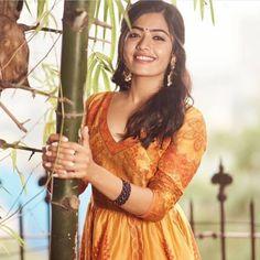 Most Beautiful Indian Actress, Beautiful Actresses, Indian Film Actress, Indian Actresses, Hd Photos, Girl Photos, Cute Girl Poses, Cute Girl Face, Stylish Girls Photos