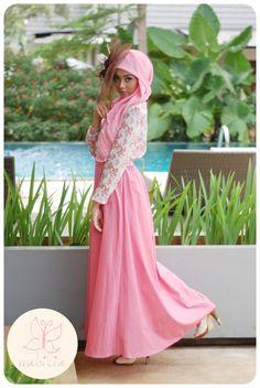 http://abayatrade.com    Cute outfit !!