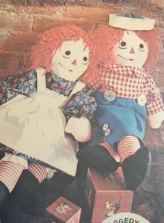 Classic Raggedy Ann and Andy Doll Pattern, Uncut, McCalls 2531 Officially Licenced, 1970.