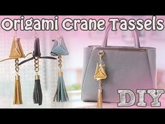 YouTube Origami Bag, Diy Origami, Origami Cranes, Diy Clutch, Diy Purse, Easy Diy Gifts, Handmade Gifts, Diy Bag Charm, Pom Pom Bag Charm