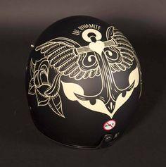 .Helmet