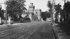 Το Chateau Mon Bonheur (Πύργος η Ευτυχία μου), στην Οδό Εξοχών, σήμερα Βασ. Όλγας - στο 110.
