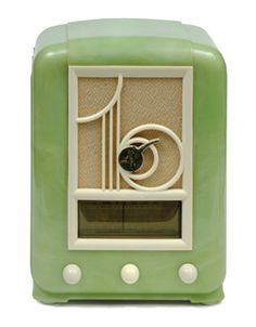 1937 green Bakelite Mullard radio - who wouldn't love to use this as decoration! Love Vintage, Vintage Green, Vintage Colors, Art Nouveau, Vintage Antiques, Vintage Items, Blog Art, Art Deco Furniture, Plywood Furniture