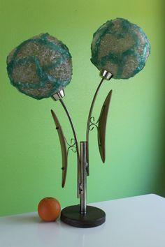 Green and White Mid Century Modern Spun Lucite / Spaghetti Lamp