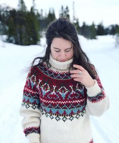Icelandic Sweaters, Wool Sweaters, Sweater Design, Sweater Fashion, Turtle Neck, This Or That Questions, My Favorite Things, Knitting, Cotton