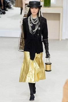10 Things to Know About Chanel's Fall 2016 Show