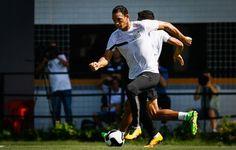 """Ricardo Oliveira quer """"melhor versão"""" do Santos para jogo contra o Palmeiras  http://santosjogafutebolarte.comunidades.net/seu-placar-de-palmeiras-x-santos"""