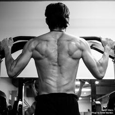 Keiichi Hirano working out at the gym. Photo by Daniel Neuhaus.