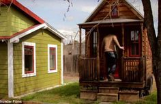 At First, I Felt Sorry for the People Who Live in this Tiny House. Then I Looked Closer…Now I'm Jealous!   EyesPopping.com