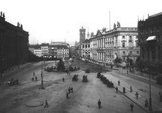 Der Schlossplatz...damals...