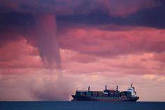 Tromba d'aria su #Genova, foto di Claudio Dia