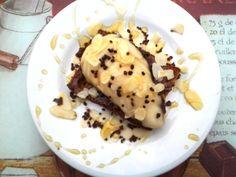 Tartine pain d'épice-poire-chocolat et amandes