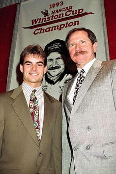 Jeff Gordon, the NASCAR rookie driver of the year, left, poses with the 1993 NASCAR Winston Cup Champion Dale Earnhardt Nascar Autos, Nascar 24, Nascar Cars, Nascar Sprint Cup, Nascar Racing, Race Cars, Auto Racing, Jeff Gordon Nascar, The Intimidator