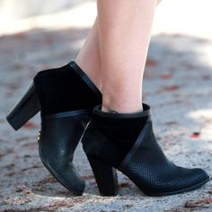 Fossil Shoes - Fossil Black Heeled Booties