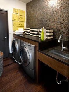 Stylish Laundry Room - Home and Garden Design Idea's