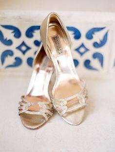 Design by Kristi Treadwell & team Joyful Details/ Stephanie Hunter Photography/ See more @intimateweddings.com #weddingshoes #styledweddingshoot