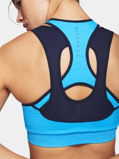 This bra is designed for any low impact activity. Support Light Make Seamless Benefits Quick-dry, antibacterial & anti-odour Activities Stretch & Everyday Workout Attire, Workout Wear, Nike Air Max, Margiela, Sport Wear, Athletic Wear, Active Wear For Women, Bra Tops, Unisex