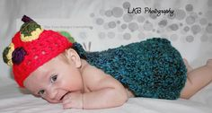 little baby caterpillar hat and cape view 1