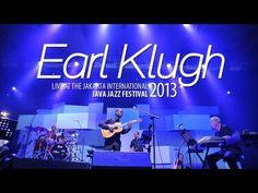 Earl Klugh Live at Java Jazz Festival 2013 Sooo Relaxing...   ;-) **Like**Pin**Share** ♥ FoLL0W mE @ #BankMusisi ♥ www.bankmusisi.com