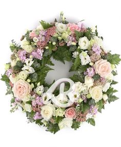 Coloac funerar trandafiri şi lisianthus Floral Wreath, Wreaths, Home Decor, Floral Crown, Decoration Home, Door Wreaths, Room Decor, Deco Mesh Wreaths, Home Interior Design