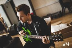 Cody Carson. I love that Guitar