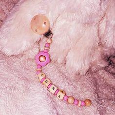 💟 #nuggiketten #nuggikette #geschenkidee #geschenk #perlen #pink #mami2019 #handmade 💟👸😍💌🎁🎀 Little Star, Pink, Stars, Instagram, Handmade, Jewelry, Beads, Necklaces, Hand Made