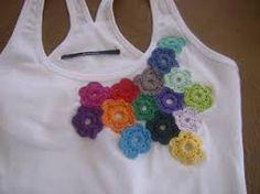 Resultado de imagem para aplicaciones en crochet para remeras