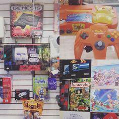 On instagram by lunakchai #gameboy #microhobbit (o) http://ift.tt/1TqDKeJ a mirar cosas #retro #Nintendo #supernintendo #famicom #sega  #nintendo64 #girlgamer #oldgames #retrogames