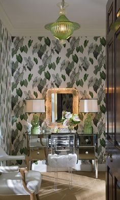 The Glam Pad: The Lauders' Palm Beach Mansion: A Snapshot in Time Bold Wallpaper, Print Wallpaper, Leaves Wallpaper, Beach Wallpaper, Beautiful Wallpaper, Lucite Chairs, Beach Mansion, Interior Design Portfolios, Art Deco Furniture