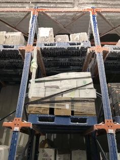 This article show the most tips to help you with plastic pallet in cold warehouse .    Every year ,we will get lots inquiries for plastic pallets in cold warehouse .But clients need to confirm again and again the pallets need to be best performance in cold situation .Because they bought lots easily broken plastic pallets in